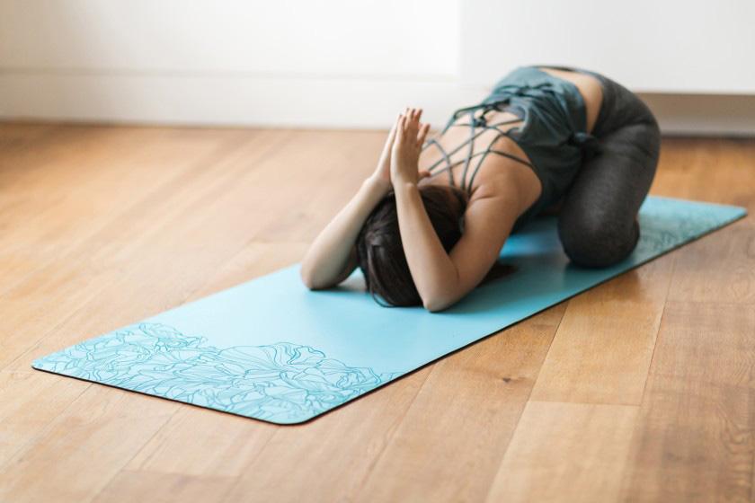 usos de una esterilla yoga